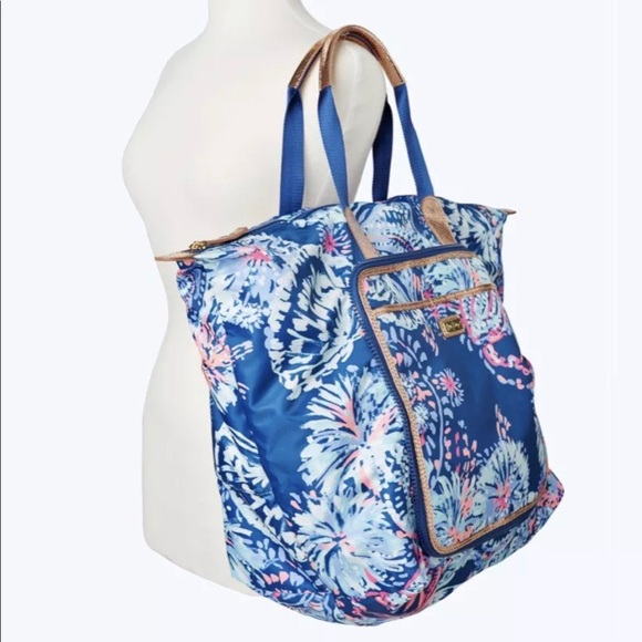 e18259c1d0 Lilly Pulitzer Wanderlust Packable Travel Tote NWT